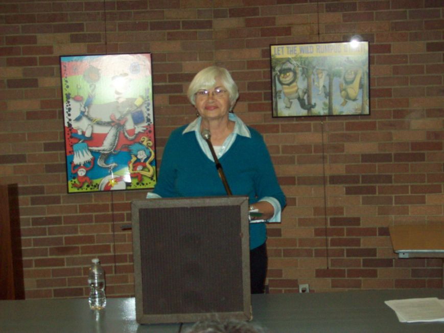 "Past president and prize-winning poet, Linda Banks, presented a workshop entitled ""The Heart and Heartbreak of Lyric Poetry"" at the October 12th PST meeting in Dallas. Photo by Barbara Blanks."